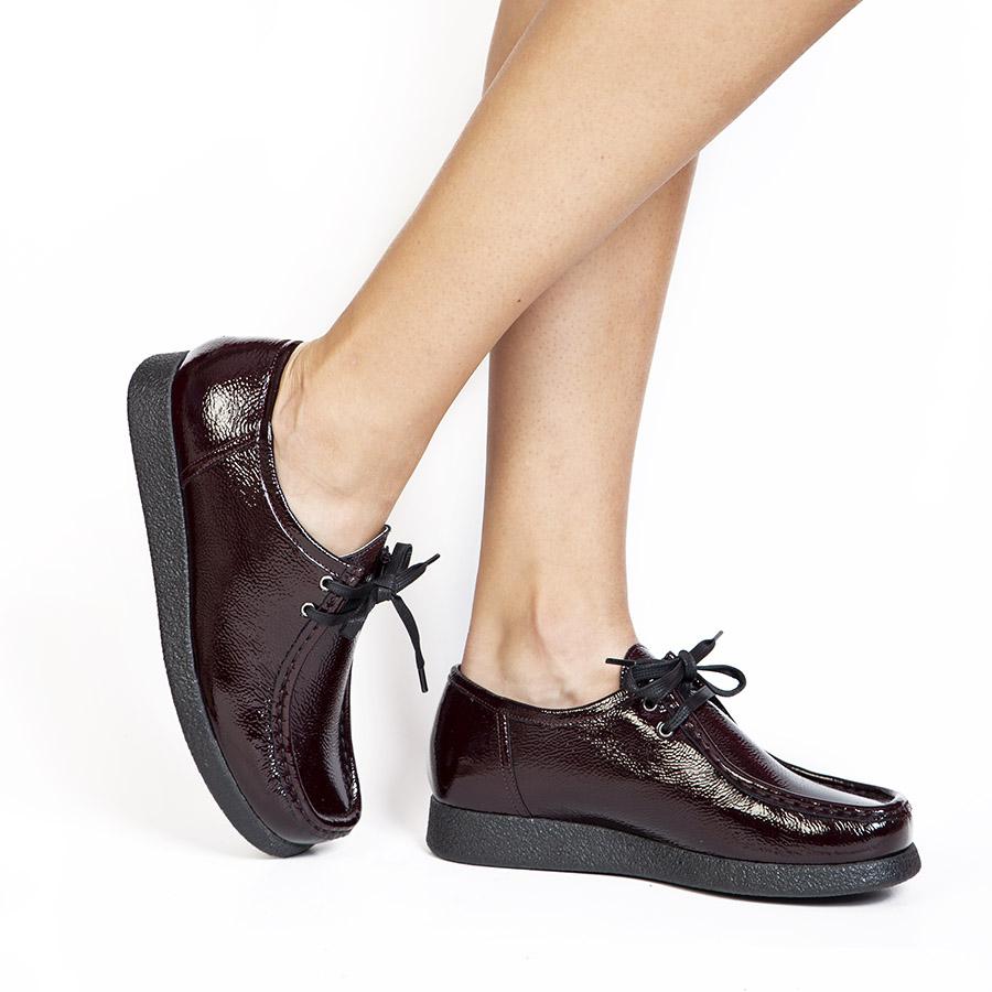 Ženska plitka cipela Sebago u bordo laku