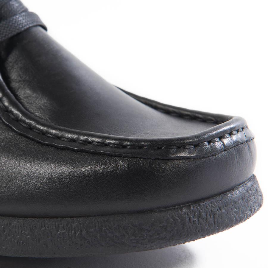 Uniseks plitka cipela Sebago u crnom koži