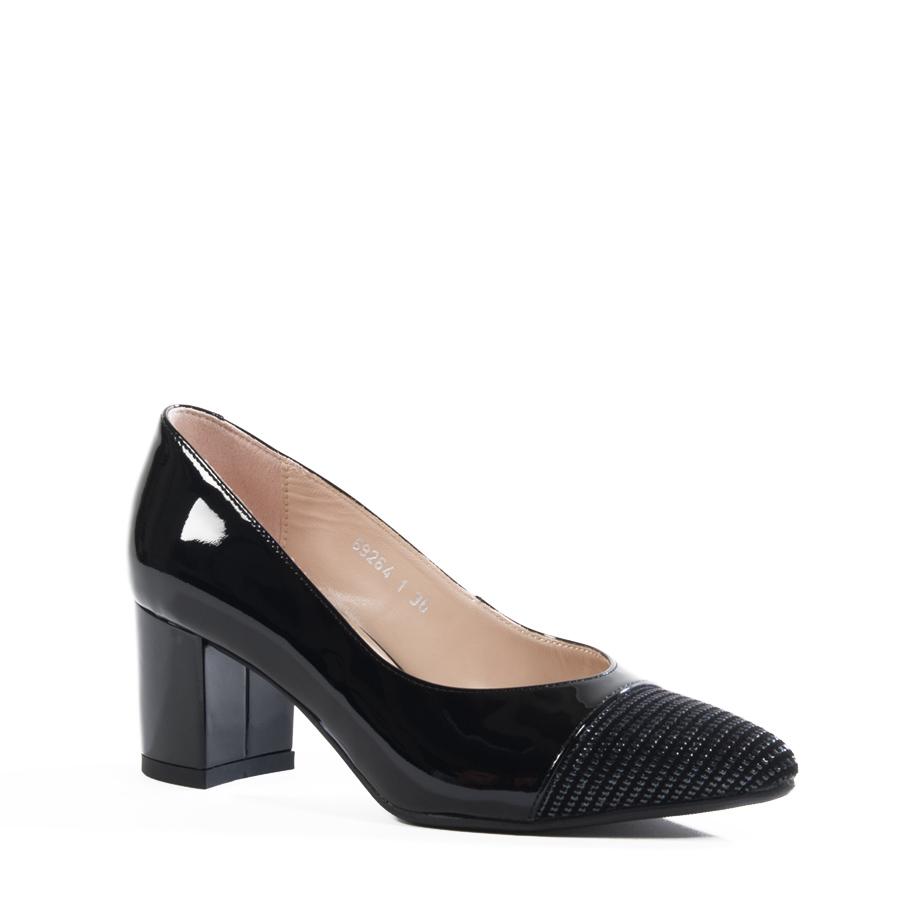 Lakovane elegantne cipele sa štiklom